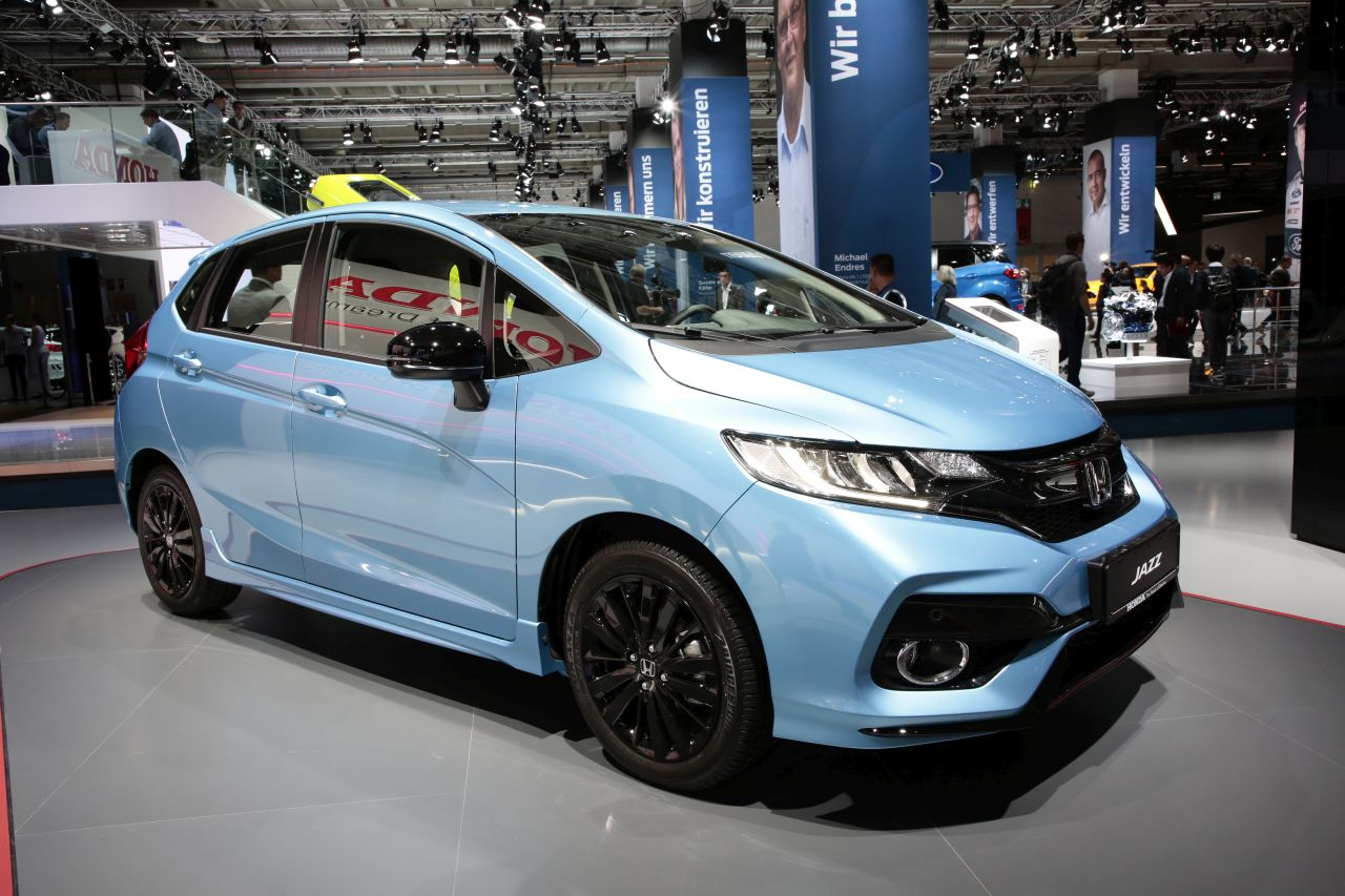 honda jazz 2017 restyl e du style et un moteur photo 1 l 39 argus. Black Bedroom Furniture Sets. Home Design Ideas