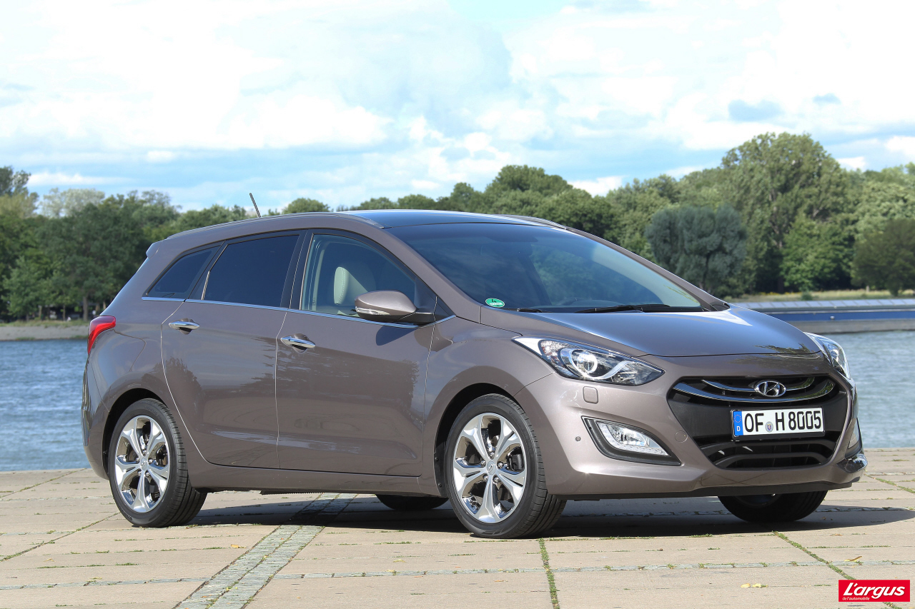hyundai i30 sport wagon une malle pour un bien l 39 argus. Black Bedroom Furniture Sets. Home Design Ideas