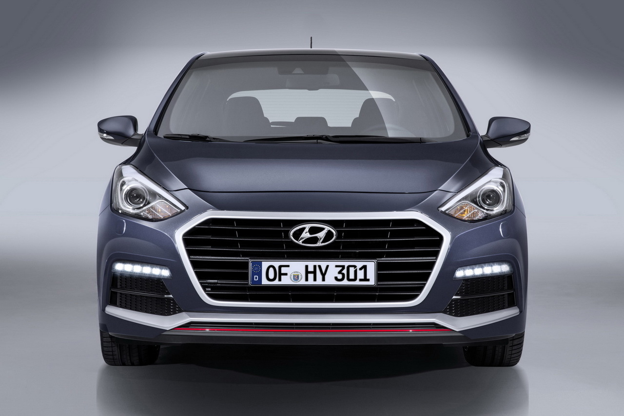 la hyundai i30 turbo 2015 a un prix 28 500 l 39 argus. Black Bedroom Furniture Sets. Home Design Ideas