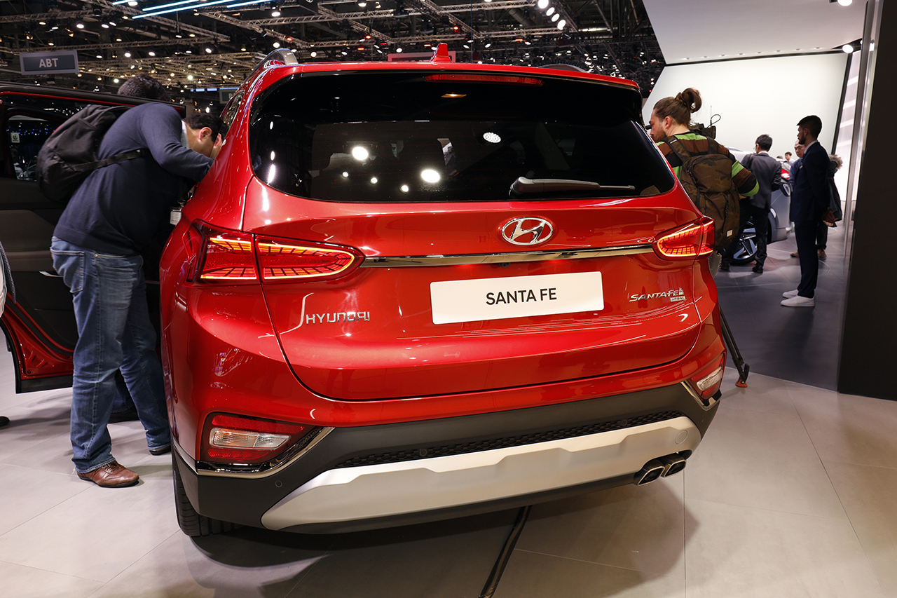 Santa Fe Facebook: Hyundai Santa Fe : Nos Impressions à Bord Du SUV Familial