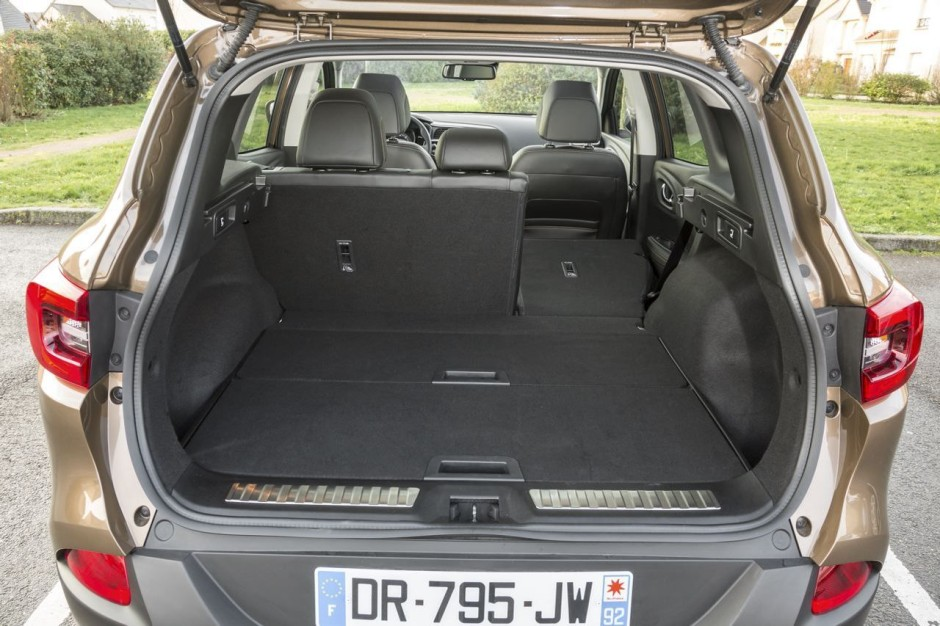 essai comparatif le hyundai tucson d fie le renault kadjar photo 18 l 39 argus. Black Bedroom Furniture Sets. Home Design Ideas