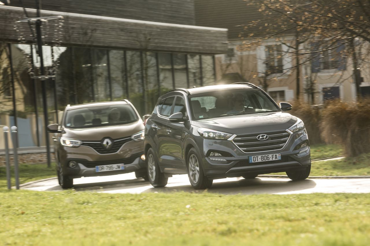 essai comparatif le hyundai tucson d fie le renault kadjar l 39 argus. Black Bedroom Furniture Sets. Home Design Ideas