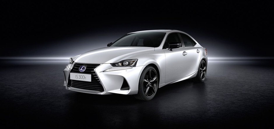 lexus is 300h sport edition 2017 nouvelle s rie sp ciale. Black Bedroom Furniture Sets. Home Design Ideas