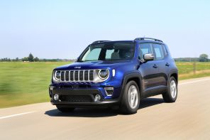 Jeep Renegade MY2019 1.0 : action, travelling AV gauche