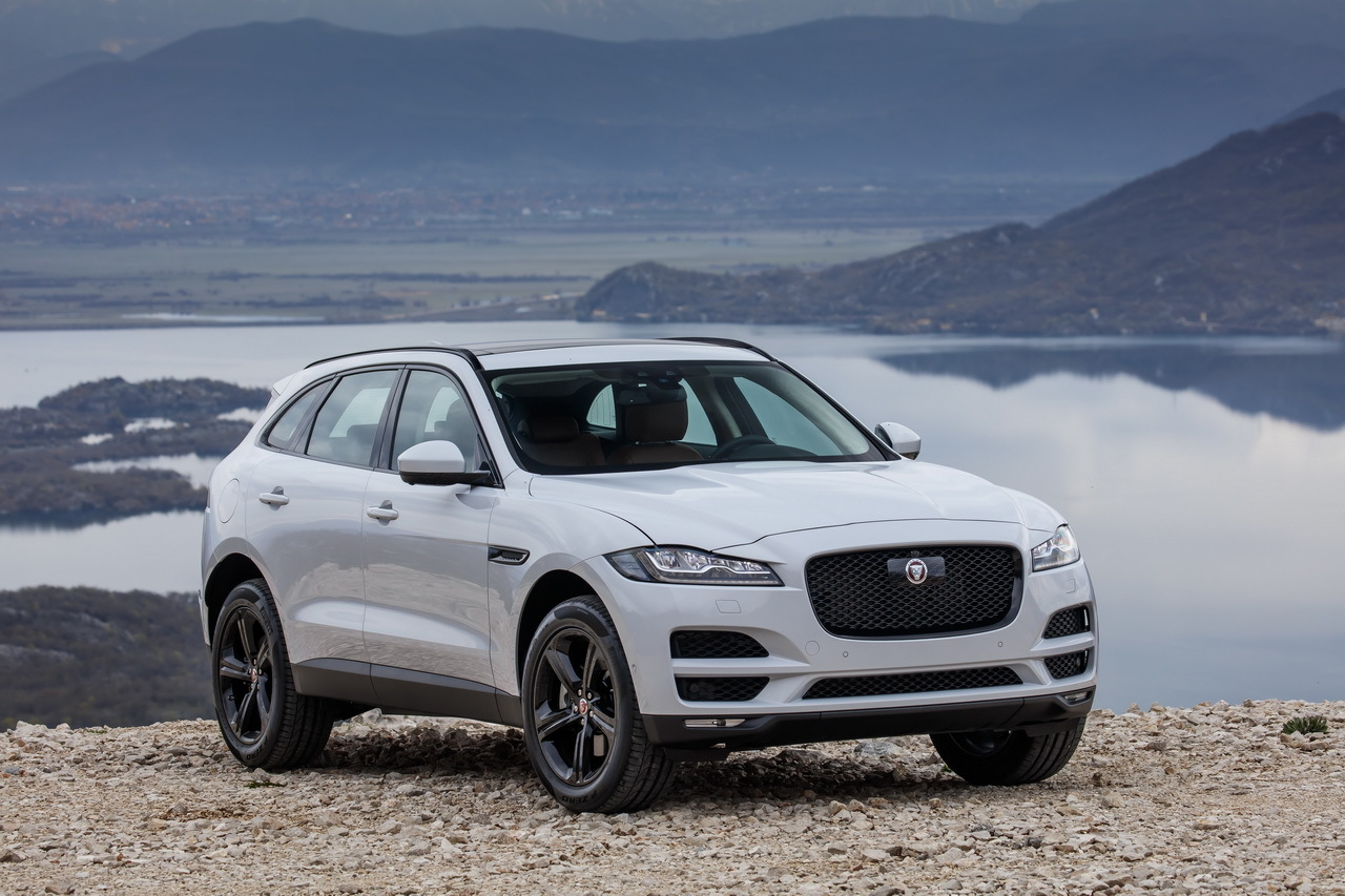 jaguar f pace 2016 les plus belles photos de l 39 essai au montenegro photo 19 l 39 argus. Black Bedroom Furniture Sets. Home Design Ideas