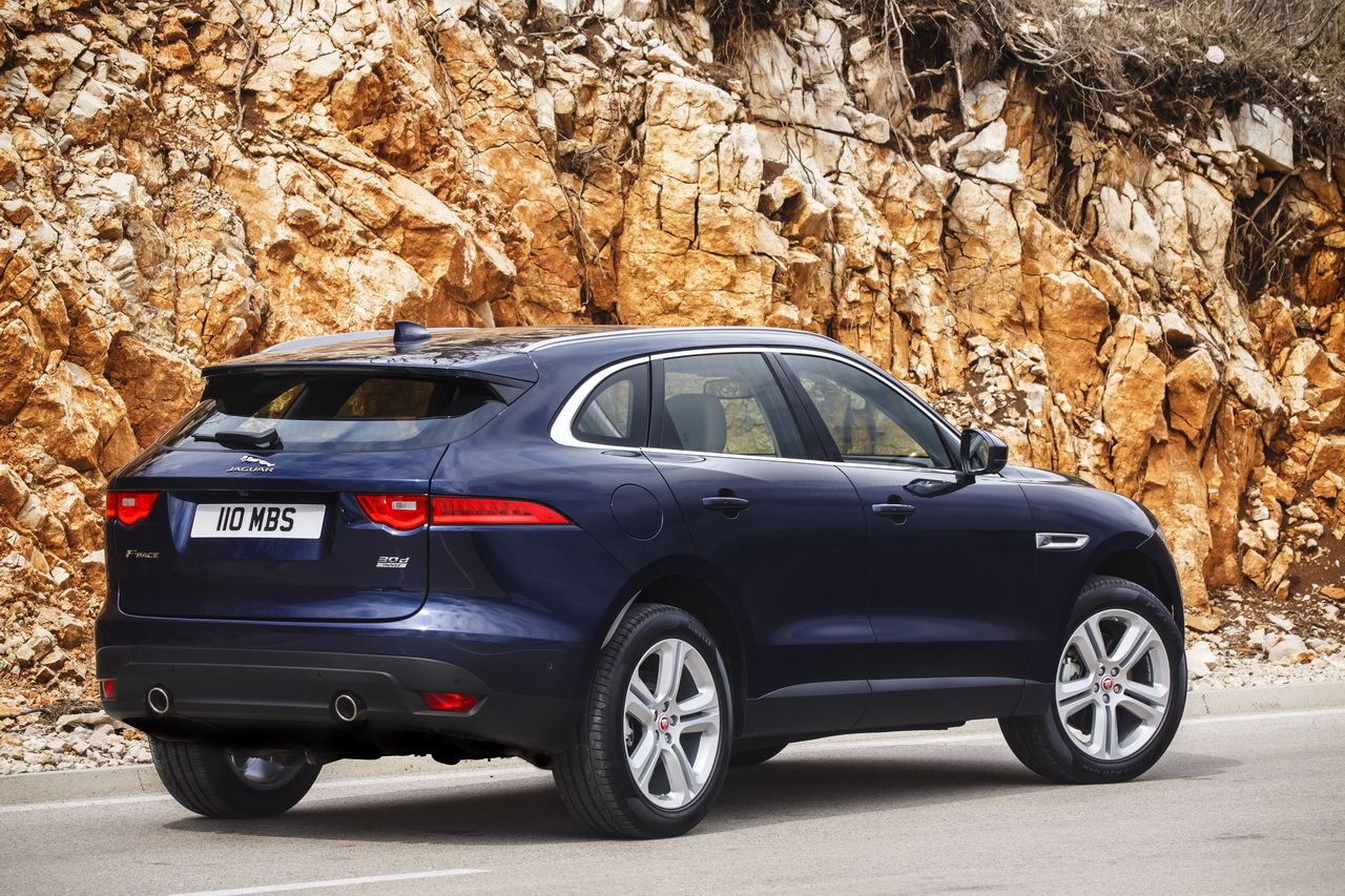 jaguar f pace 2016 les plus belles photos de l 39 essai au. Black Bedroom Furniture Sets. Home Design Ideas