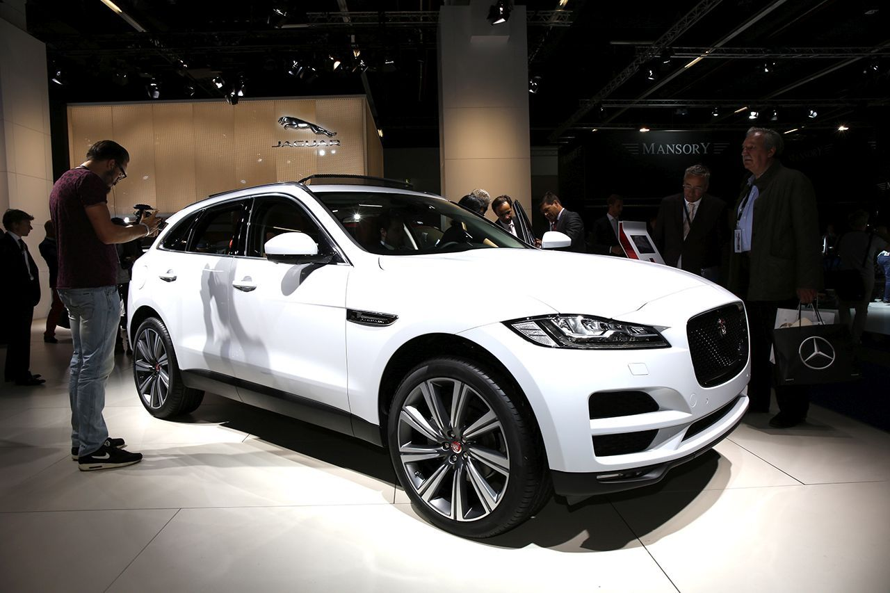 francfort 2015 fiches techniques du nouveau suv jaguar f pace 2016 l 39 argus. Black Bedroom Furniture Sets. Home Design Ideas