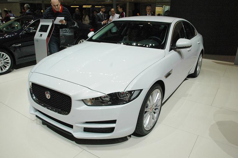 Salon de gen ve 2015 jaguar xe e performance haro sur le - Le salon de geneve 2015 ...