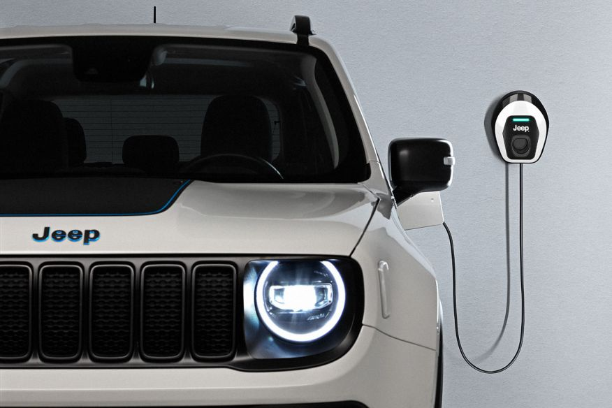 2014 - [Jeep] Renegade - Page 15 Jeep-renegade-4xe-first-edition_2