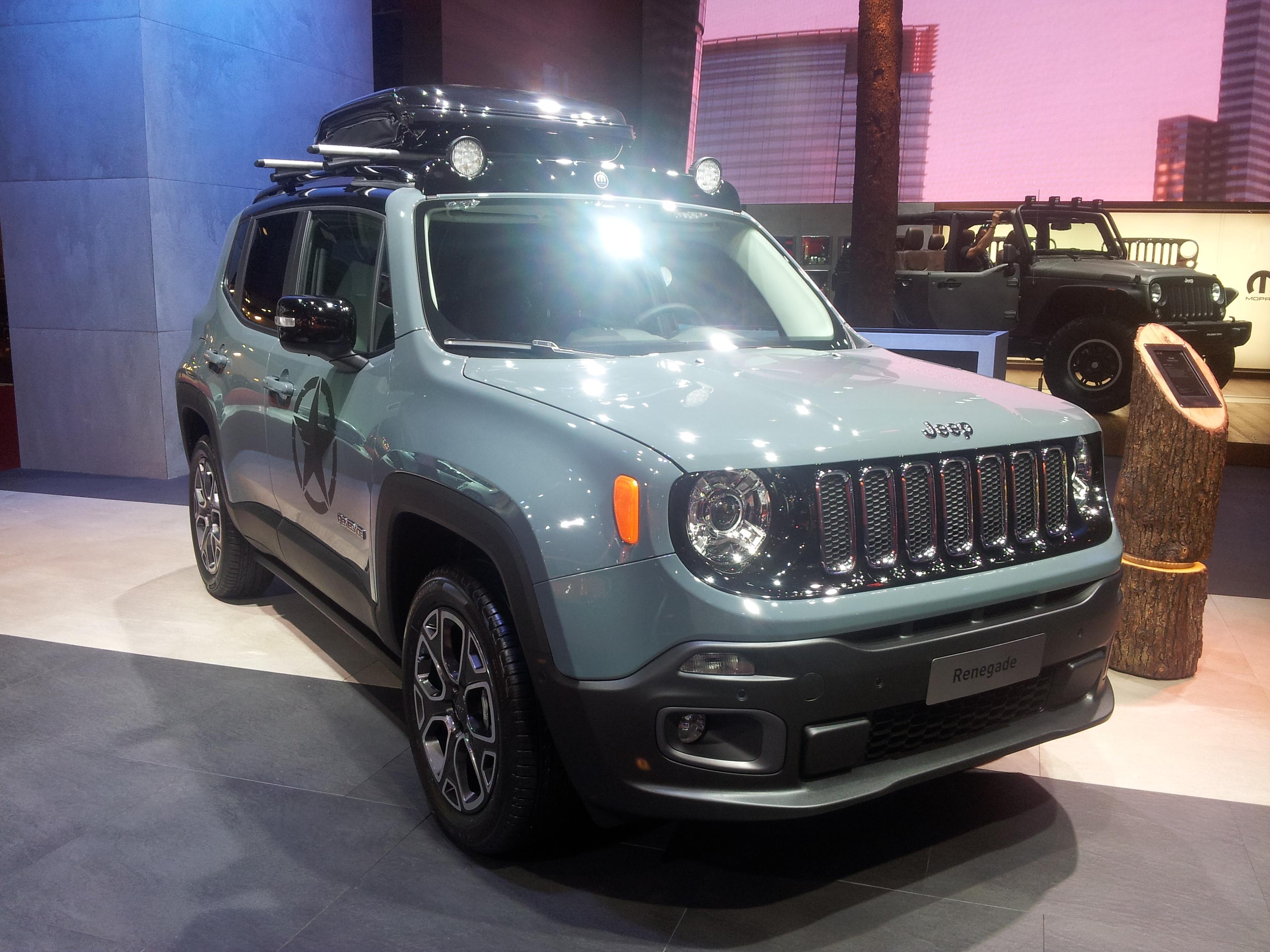jeep renagade le petit 4x4 de jeep passe inaper u au mondial 2014 photo 4 l 39 argus. Black Bedroom Furniture Sets. Home Design Ideas