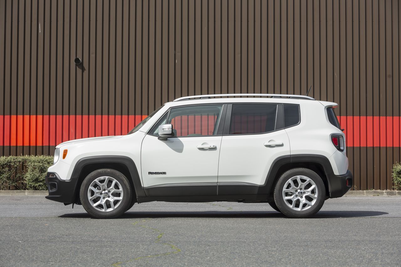 essai comparatif jeep renegade vs nissan juke les fortes t tes photo 27 l 39 argus. Black Bedroom Furniture Sets. Home Design Ideas