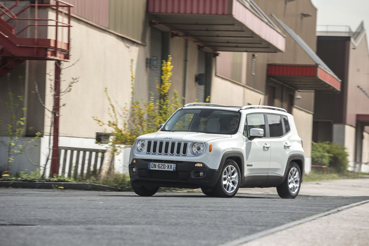 essai comparatif jeep renegade vs nissan juke les fortes t tes photo 48 l 39 argus. Black Bedroom Furniture Sets. Home Design Ideas