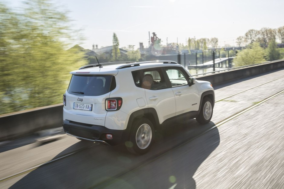 essai comparatif jeep renegade vs nissan juke les fortes t tes photo 52 l 39 argus. Black Bedroom Furniture Sets. Home Design Ideas
