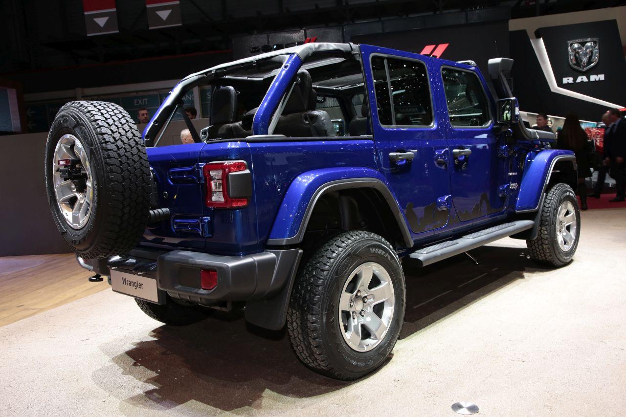 jeep wrangler 2018 le 4x4 pur et dur au salon de gen ve photo 3 l 39 argus. Black Bedroom Furniture Sets. Home Design Ideas