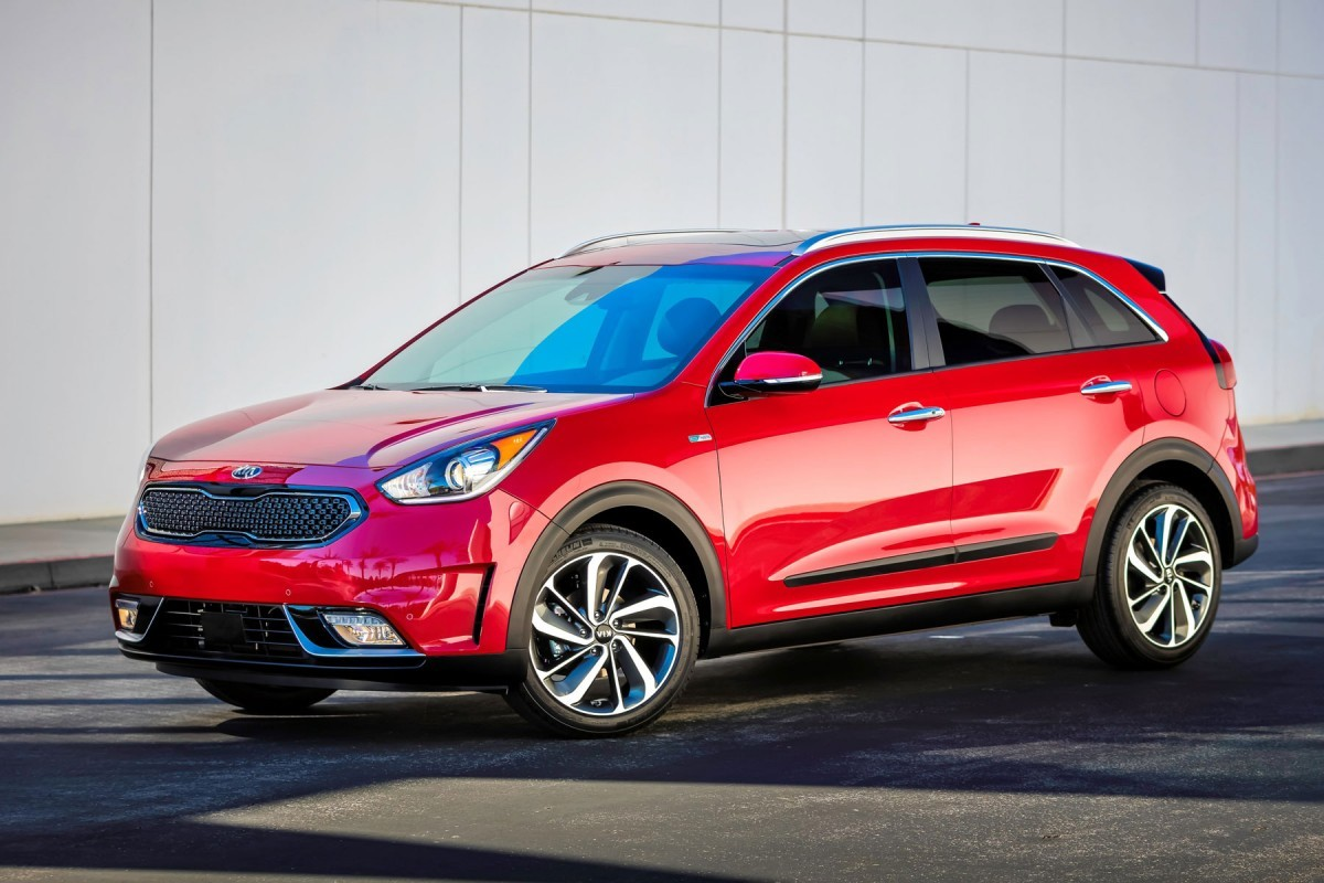 kia niro 2016 premi res photos officielles du suv hybride l 39 argus. Black Bedroom Furniture Sets. Home Design Ideas