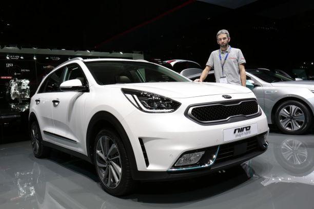Kia Niro Le Petit Crossover Coreen Passe A L Hybride Rechargeable