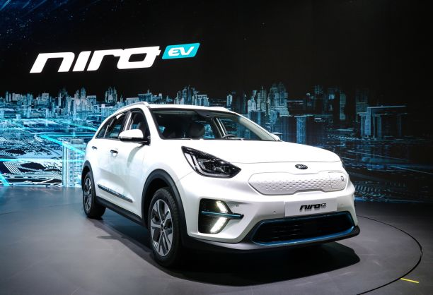 le kia niro lectrique annonce jusqu 39 450 km d 39 autonomie l 39 argus. Black Bedroom Furniture Sets. Home Design Ideas