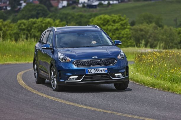 essai kia niro 2016 le premier crossover hybride de kia l 39 argus. Black Bedroom Furniture Sets. Home Design Ideas