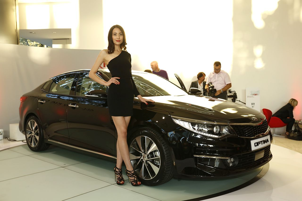 La nouvelle kia optima 2016 en direct du salon de for Salon de la photo 2016