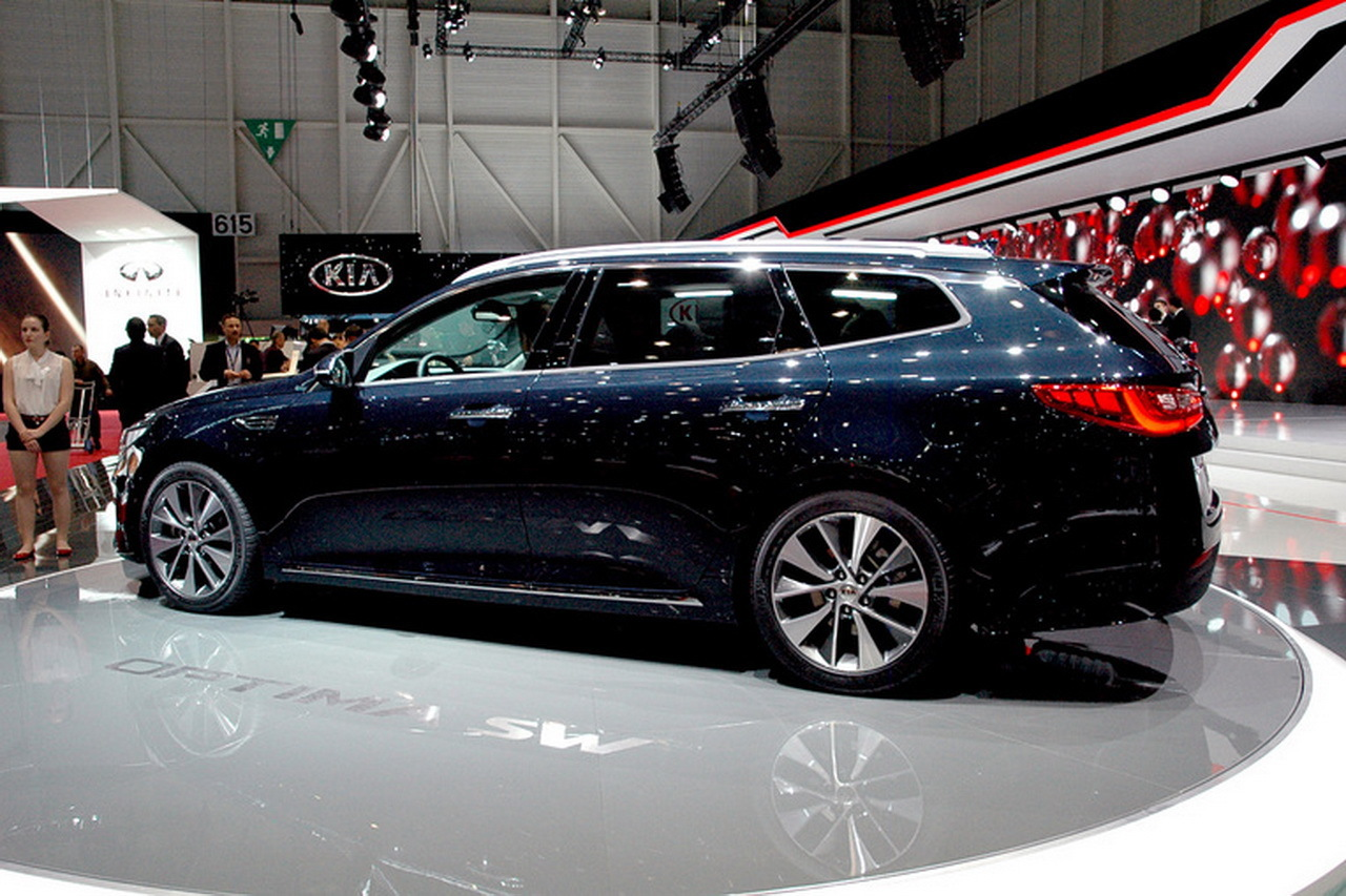 kia optima sw le break kia optima en mode gt gen ve photo 7 l 39 argus. Black Bedroom Furniture Sets. Home Design Ideas