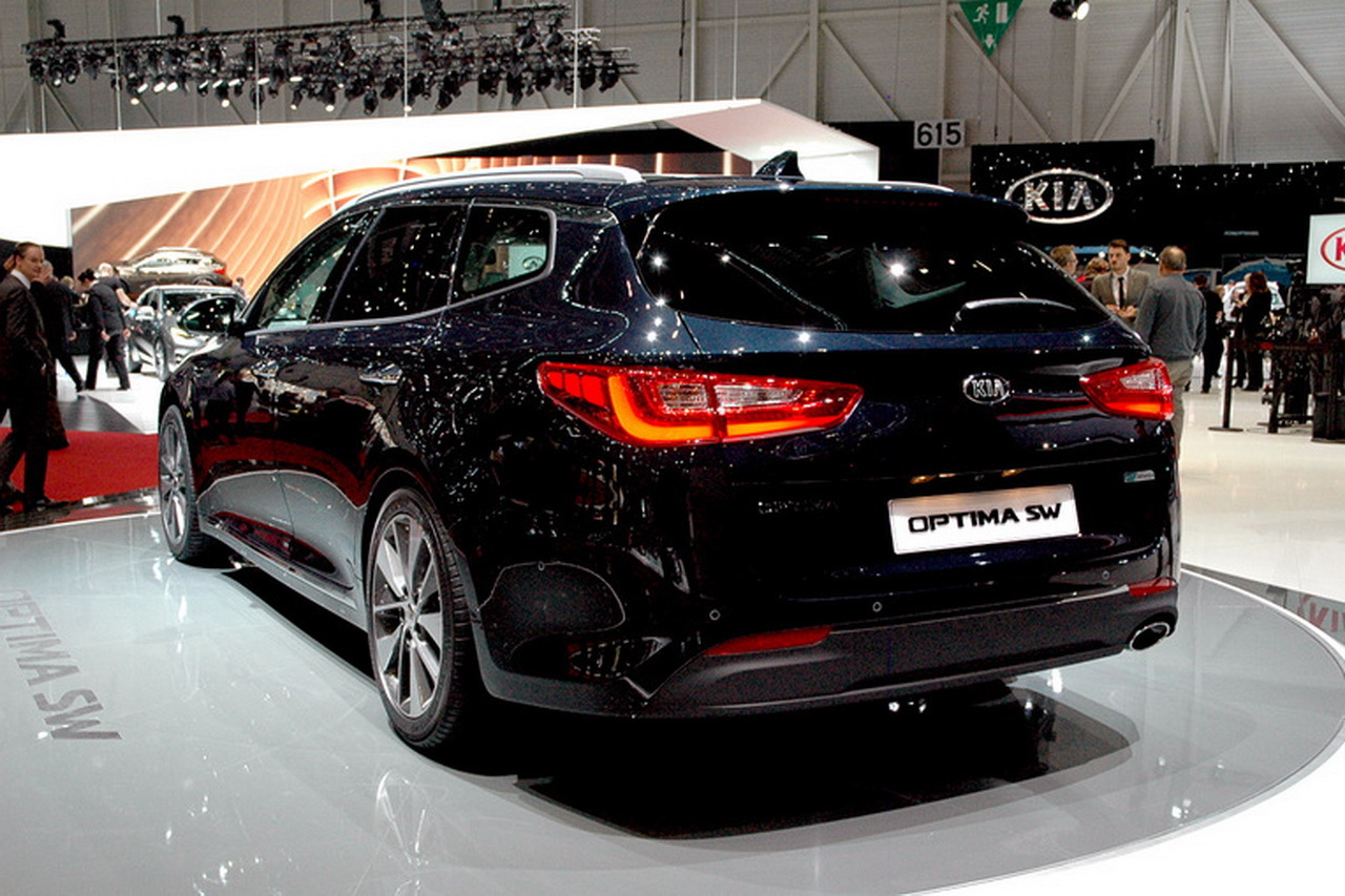 kia optima sw le break kia optima en mode gt gen ve photo 8 l 39 argus. Black Bedroom Furniture Sets. Home Design Ideas