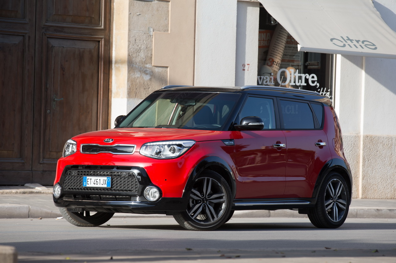 essai du kia soul 1 6 cdri de 128 ch 2014 la gueule de l 39 emploi photo 19 l 39 argus. Black Bedroom Furniture Sets. Home Design Ideas