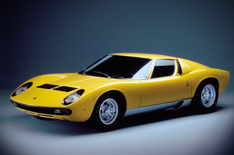 100 ans de ferrucio lamborghini photos des mod les les plus mythiques lamborghini miura 1966. Black Bedroom Furniture Sets. Home Design Ideas