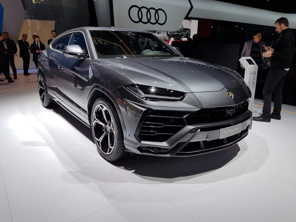 lamborghini urus le suv lamborghini au salon de gen ve l 39 argus. Black Bedroom Furniture Sets. Home Design Ideas