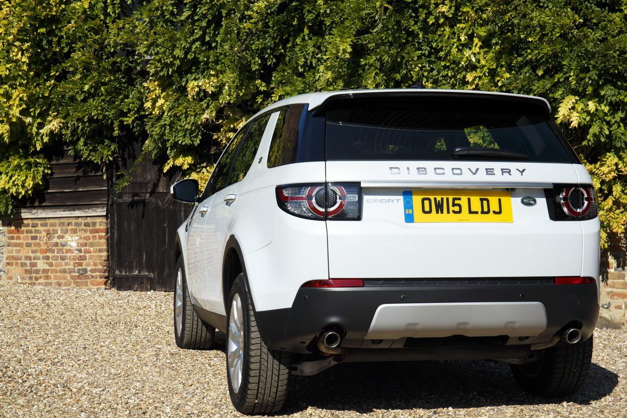 essai land rover discovery sport td4 test du nouveau diesel 180 ch photo 10 l 39 argus. Black Bedroom Furniture Sets. Home Design Ideas