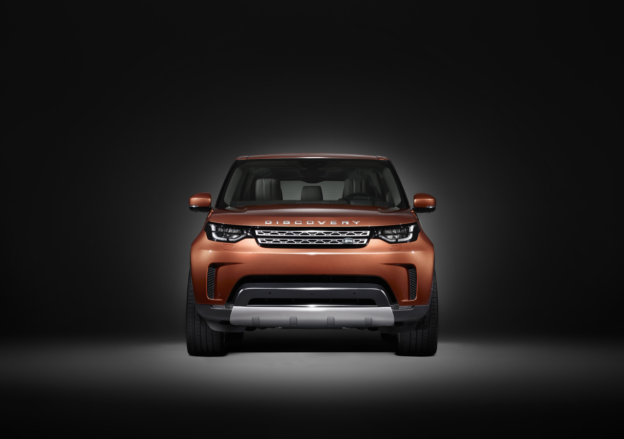 land rover discovery 2017 premi re photo officielle l 39 argus. Black Bedroom Furniture Sets. Home Design Ideas