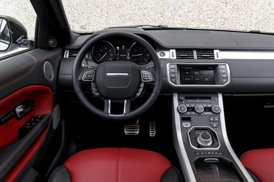 essai 4x4 le range rover evoque restyl dans tous ses tats photo 15 l 39 argus. Black Bedroom Furniture Sets. Home Design Ideas
