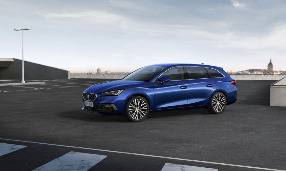 2022 - [Ford] Focus restylée  - Page 3 Leon-xcellence-mistery-blue-sportstourer46hqredimensionner