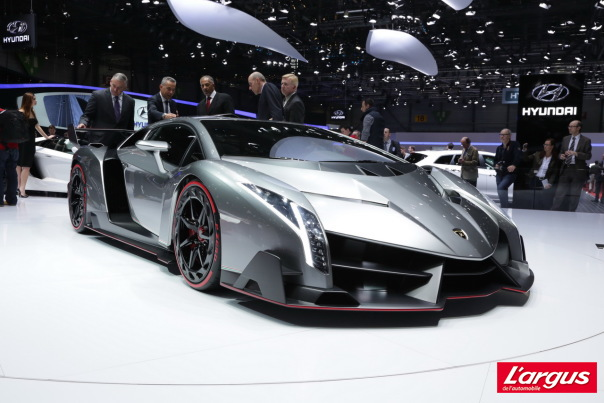 La plus exclusive des supercars du salon de...