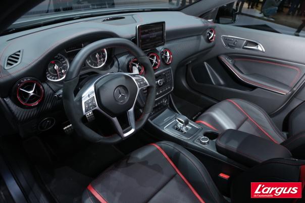 Mercedes Benz Classe A Classe A 45 Amg Un Quatre Cylindres De