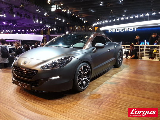 Mondial de Paris Peugeot RCZ Trait d'union