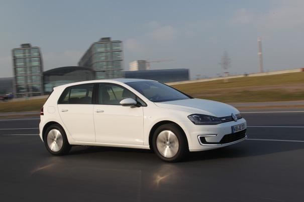 m_Volkswagen-e-Golf-electrique-2014_29