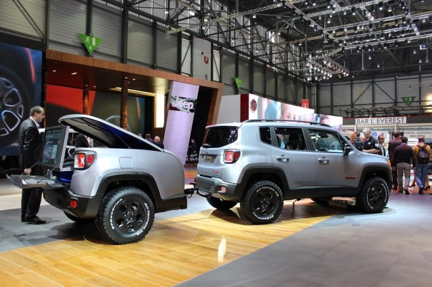 jeep renegade hard steel 2015 3 4 arri re. Black Bedroom Furniture Sets. Home Design Ideas