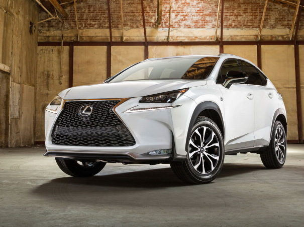 lexus nx 2014 un nouveau suv compact qui met le turbo l 39 argus. Black Bedroom Furniture Sets. Home Design Ideas