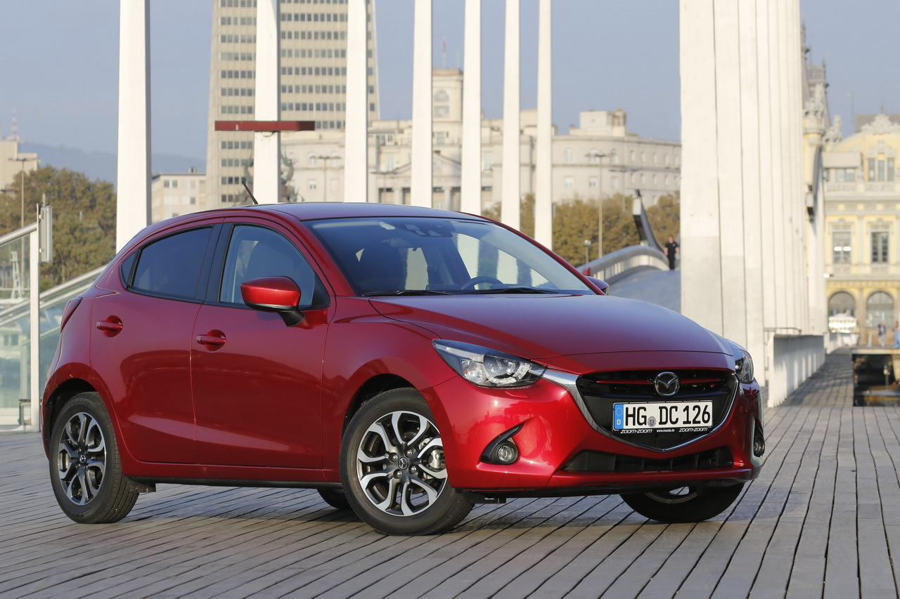 nouvelle mazda 2 essai en avant premi re photo 28 l 39 argus. Black Bedroom Furniture Sets. Home Design Ideas