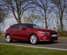 vue avant Mazda 3 1.5 Skyactiv-D 105 ch