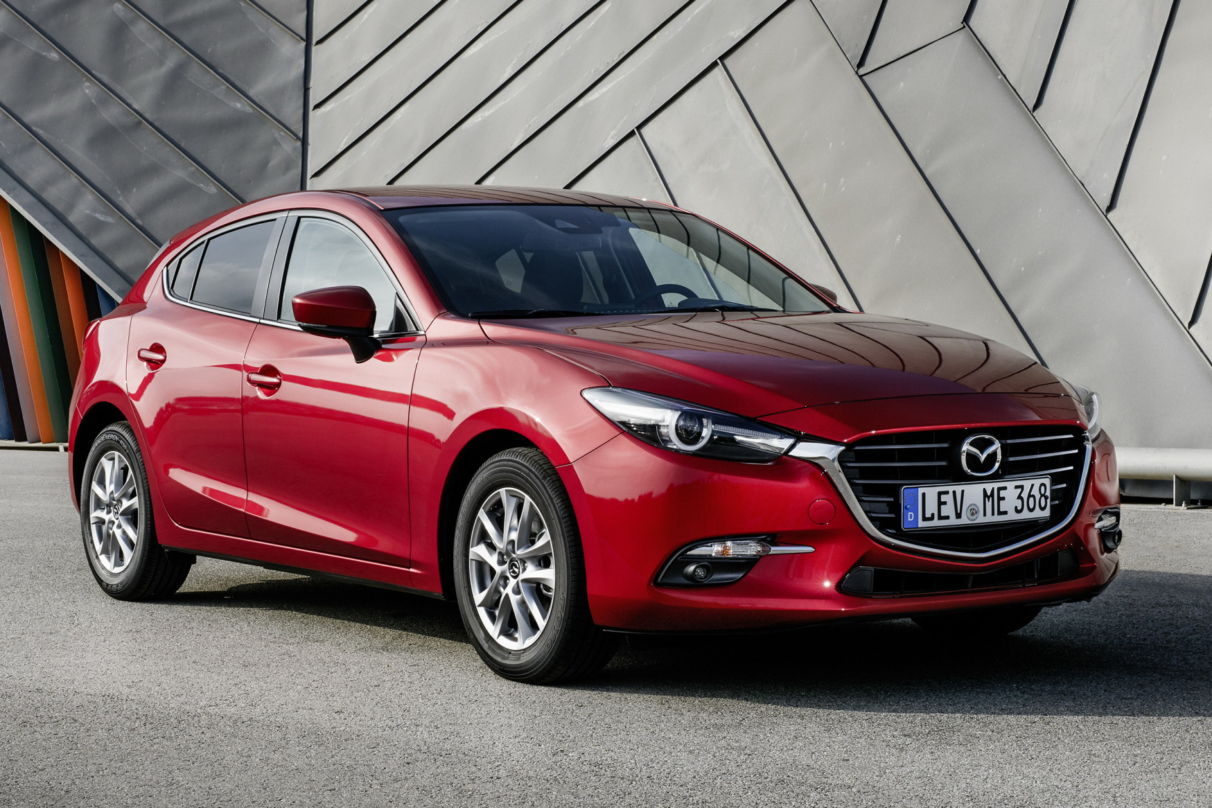 mazda 3 et cx 3 signature 2017 nouvelle s rie sp ciale chez mazda photo 2 l 39 argus. Black Bedroom Furniture Sets. Home Design Ideas