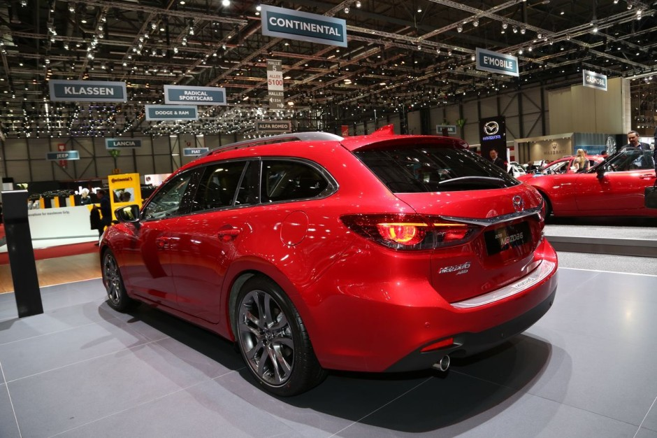 mazda 6 2015 remise en forme technologique gen ve photo 6 l 39 argus. Black Bedroom Furniture Sets. Home Design Ideas
