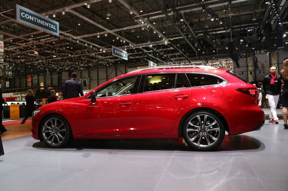 mazda 6 2015 remise en forme technologique gen ve photo 7 l 39 argus. Black Bedroom Furniture Sets. Home Design Ideas