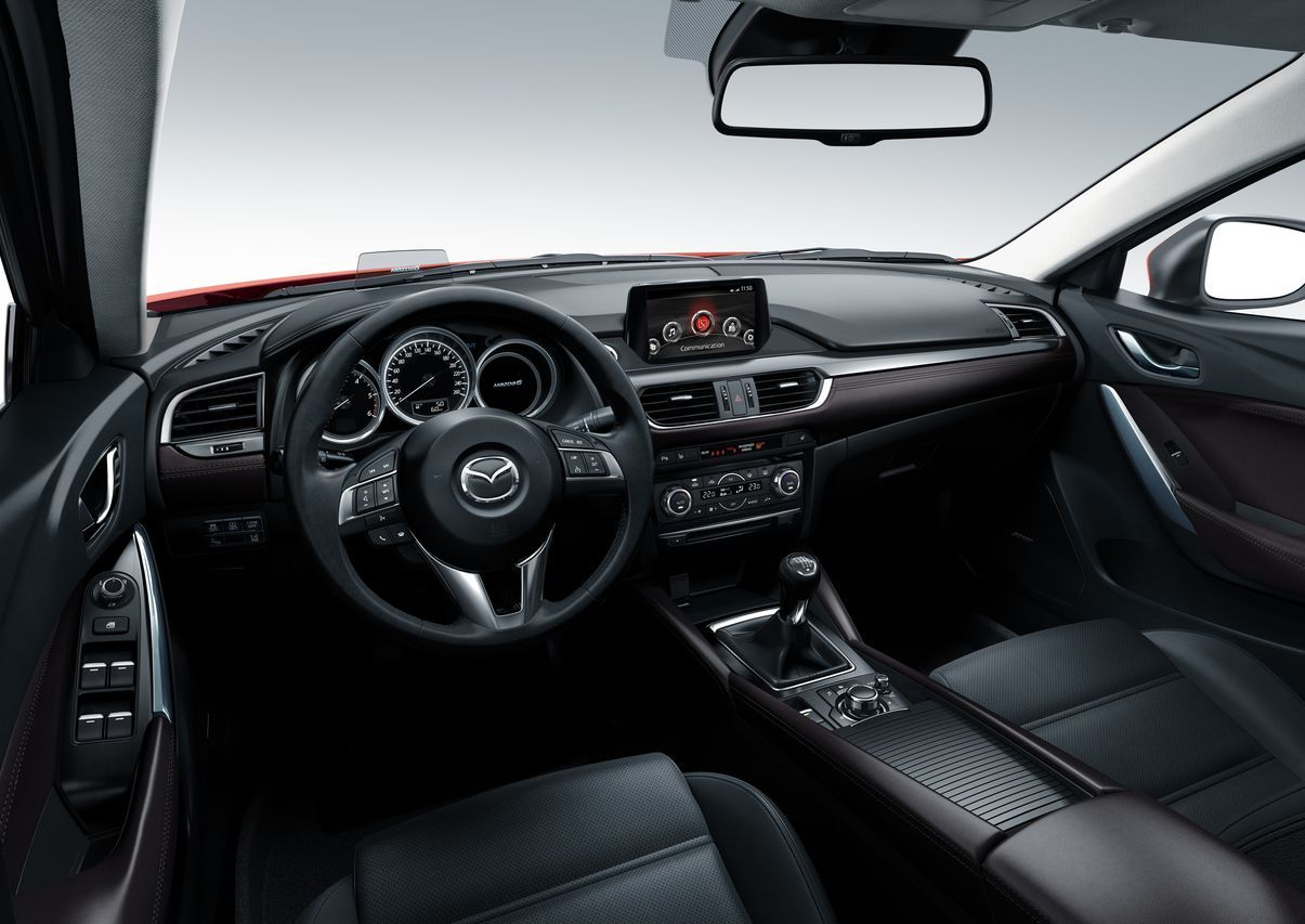 essai mazda 6 wagon 2015 un break qui en donne. Black Bedroom Furniture Sets. Home Design Ideas