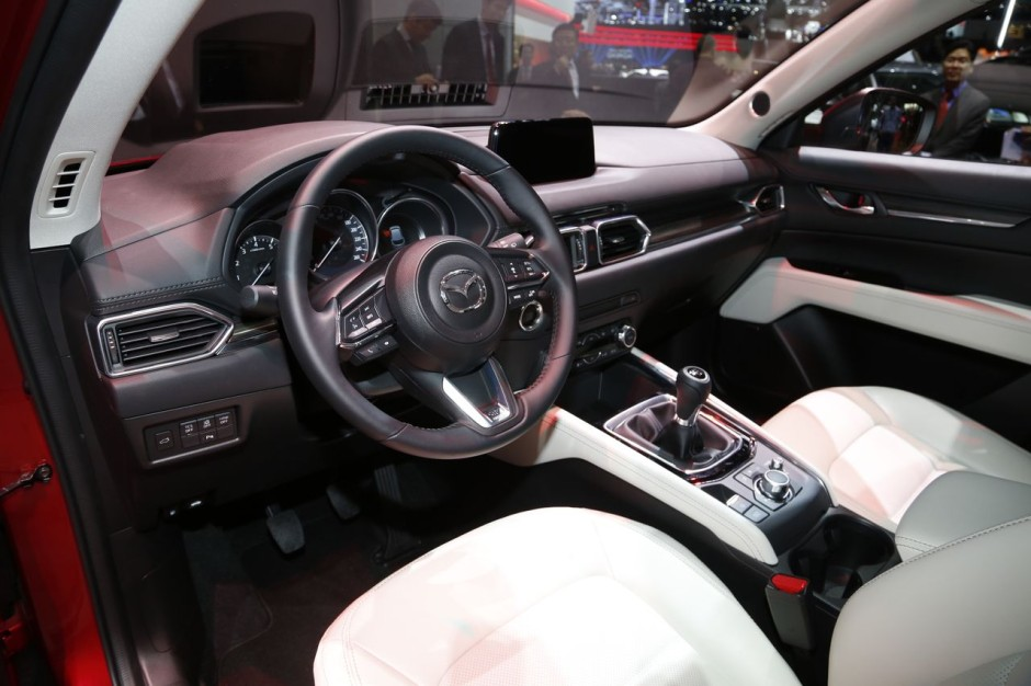 mazda cx 5 2017 prix et quipements photo 26 l 39 argus. Black Bedroom Furniture Sets. Home Design Ideas