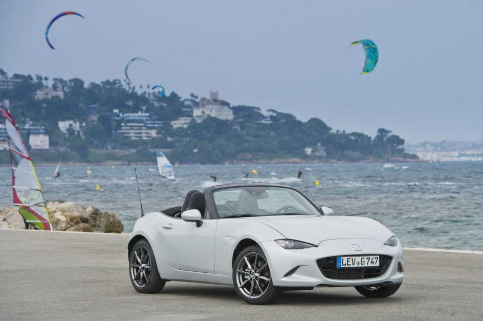 essai mazda mx 5 2015 un amour de roadster photo 47 l 39 argus. Black Bedroom Furniture Sets. Home Design Ideas