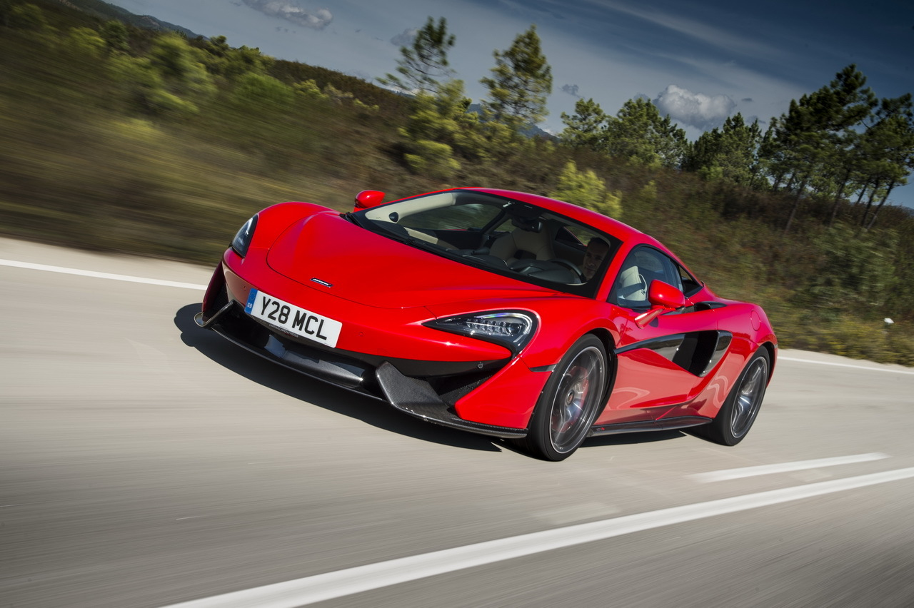 essai mclaren 570s gare toi ferrari l 39 argus. Black Bedroom Furniture Sets. Home Design Ideas