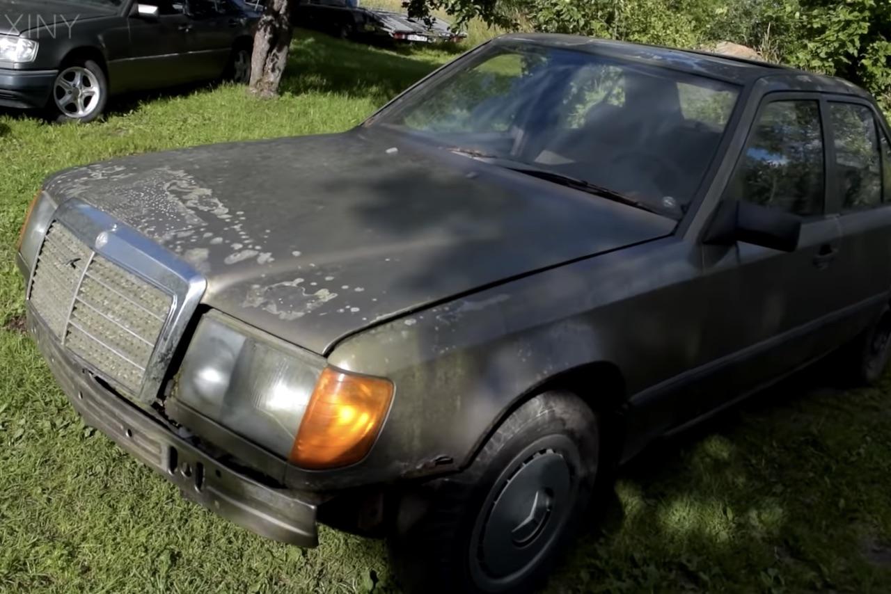 Sortie de grange : une Mercedes 200d redémarre après 16 ans d'abandon