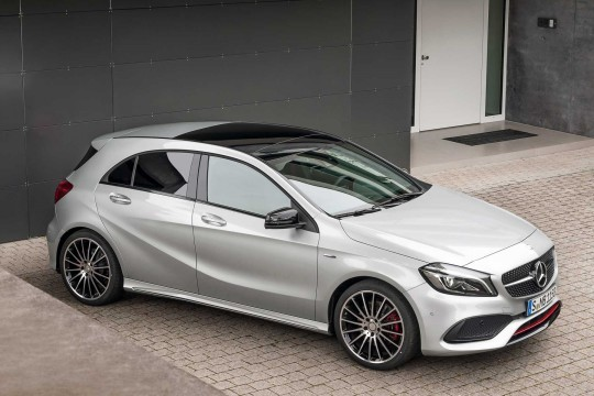 2018 - [BMW] Série 1 III [F40-F41] - Page 19 Mercedes-classe-a-2015-07-005
