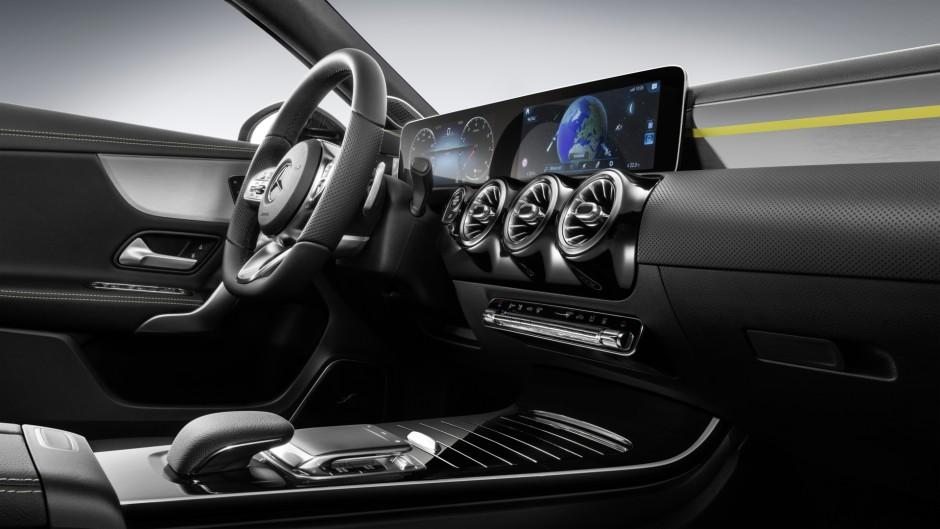 Mercedes classe a 2018 voici l 39 int rieur de la nouvelle for Interieur nouvelle classe a